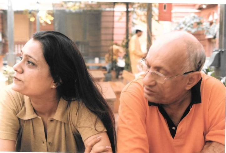 Renu Kakkar Father