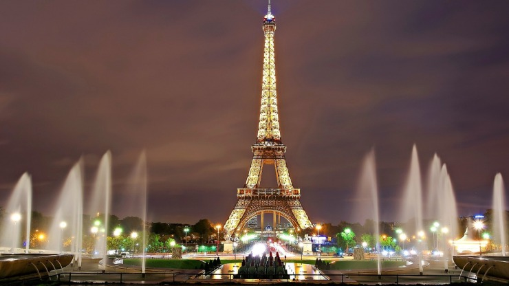 Eiffel Tower best image