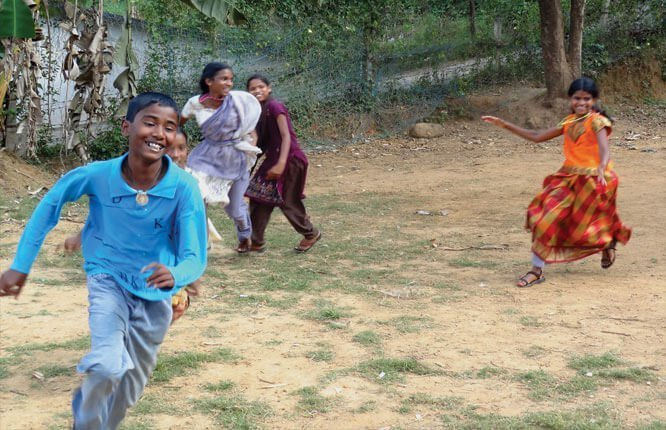 Forgotten games of India catching cook