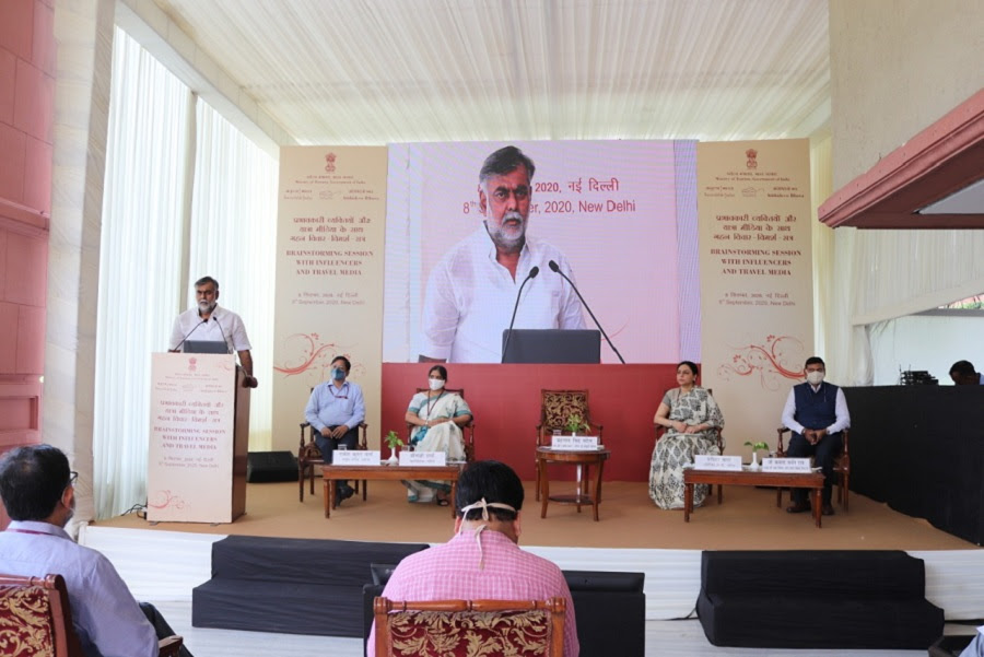 """Hon'ble Union Tourism Minister Shri Prahlad Singh Patel held a 'Brainstorming Session' on """"Promotion of Incredible India – Post Covid-19"""""""